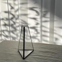 【7/4再入荷】ハクガラス・ガラス器 / フラワーベース / 台形三角立体 S //HAKU GLASS ・FLOWER VASE  小さなフラワーベース