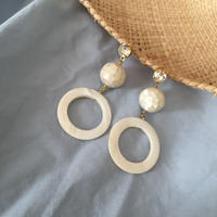 shellball pierce earring