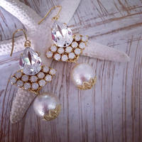 Crystal Swarovski Cotton pearl Chandelier pierced earring
