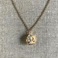 NUMBER pendant 「2」