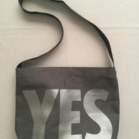 "DRESSSEN  DBC1 SHOULDER BAG  "" YES"" BLACK COLOR"