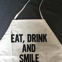 DRESSSEN  DS17 D→SLIDE  APRON  EAT,DRINK AND SMILE
