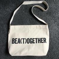 "DRESSSEN DB21 BAG ""BEA(T)OGETHER ""※公式オンラインストアのみの販売です。"