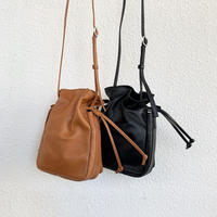 horse pit smart draw string shoulder bag  300S103I / SLOW