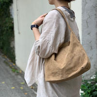 "suede shoulder bag ""M"" / Ghost Dance"