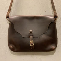 Horizontal Latch Pouch  (L) / Fernand  Leather