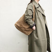 "suede shoulder bag ""L"" / Ghost Dance"