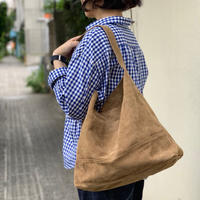 "suede shoulder bag ""XL"" / Ghost Dance"
