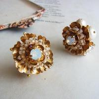 お花のイヤリング(受注生産)