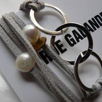 ★SALE★天然パール・ホワイトリング付 レザーブレスレット Made in Paris  グレークリアカラー