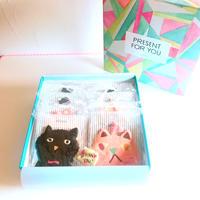 メッセージクッキー付き8枚ネコbox           (ネコ8枚、メッセージクッキー1枚、ギフトボックス入)