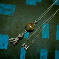 月に登るきつねのネックレス(ルチルクォーツ)