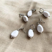 Mat white pierce/earring