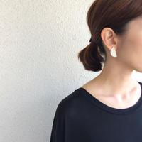 【在庫品限り】ピアス / 霧の半月 / SV (Half moon earring / SV)