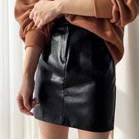 フェイクレザー スカート