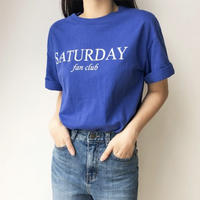SATURDAY Tシャツ