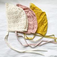 flower lace bonnet