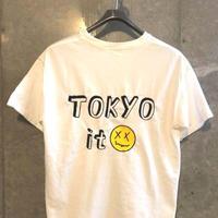 バックロゴ Tシャツ