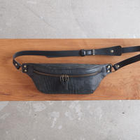 ART BROWN〈アートブラウン〉SELVAGGIO BODY BAG  BLACK