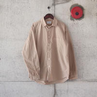 Manual Alphabet〈マニュアルアルファベット〉 LOOSE FIT REGULAR COLLAR SHIRT BEIGE
