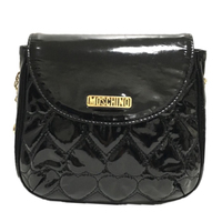 【スペシャルプライス】MOSCHINO patent heart quilting shoulder bag