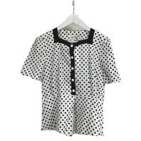 dot piping design blouse