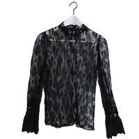【再入荷】bell sleeve lace blouse