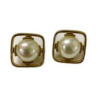 square pearl vintage earring