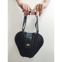 heart design black bucket bag