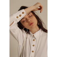 é button blouse white
