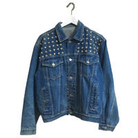 studs denim jacket