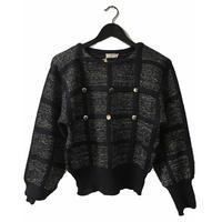 square design black&gold knit