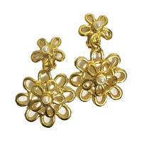 flower design swing earrings