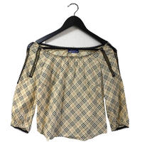 Burberry check design lace tops
