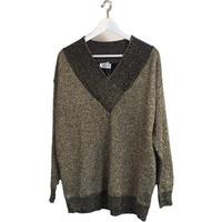 gold glitter Vneck knit