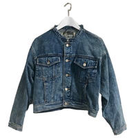neck cut off denim jacket