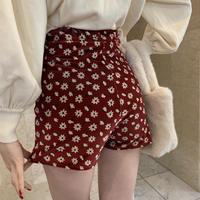 velours flower short pants red