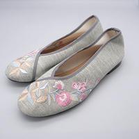 台南刺繍靴(グレー)Embroidery shoes (Gray)
