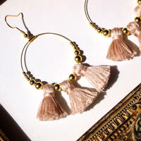 Tassel foop pierces / earrings