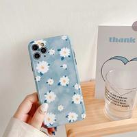 Blue daisy iphone case