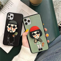 Leon Matilda with big grip iphone case