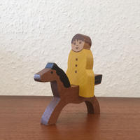 ヴィンテージ木製組み人形・黄