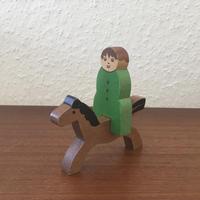 ヴィンテージ木製組み人形・緑