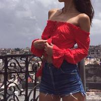 2018女性の赤いブラウスロングスリーブセクシーなオフショルダーシフォンblusa自由奔放に生きるサマービーチクロップトップスシュミーズチューブblusa s m l 6Q0095