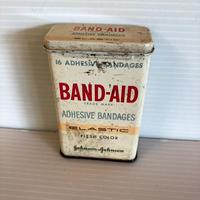 ビンテージ BAND-AID TIN缶 johnson&johnson