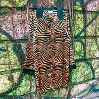 JOP1701081 アニマル柄ロングシャツ