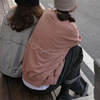 バック刺繍スウェット