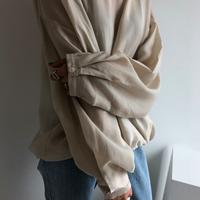 Simple Arm Blouse