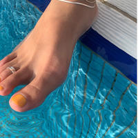 one toe ring