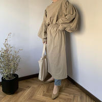 volume sleeve one-piece (2color) [OP20AW258]